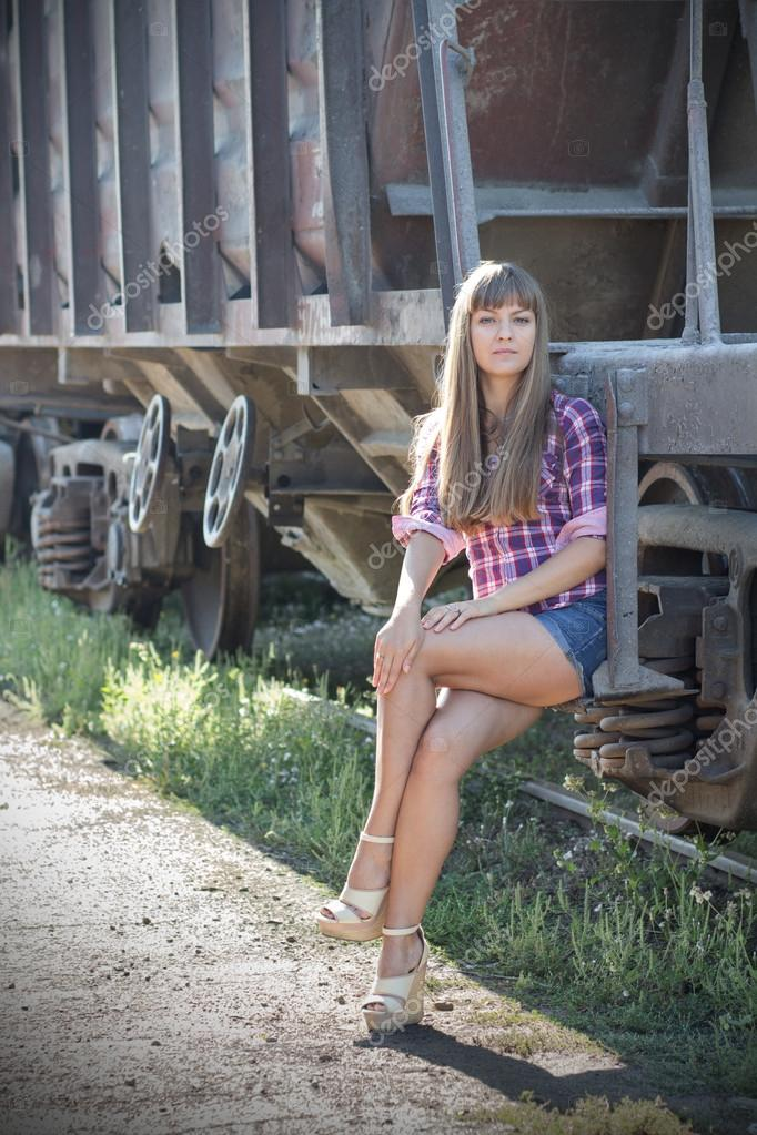 девушки на железной дороге работа