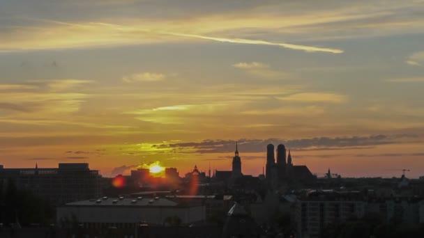 Timelapse München Skyline Sonnenuntergang
