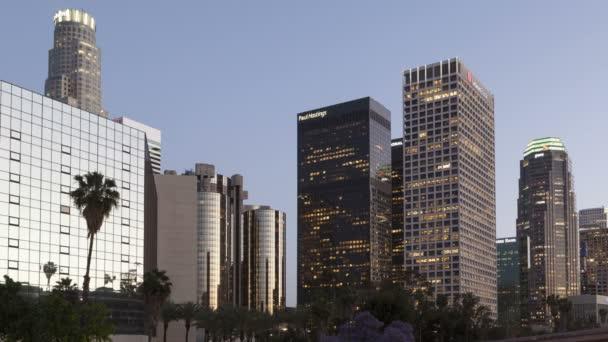 Los Angeles s semaforu stezky