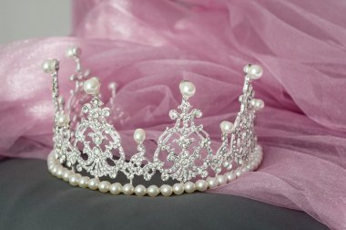 Wedding vintage crown of bride, pearls and veil.