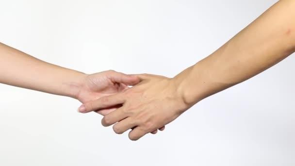 Und frau händedruck fester zwischen mann Körpersprache richtig