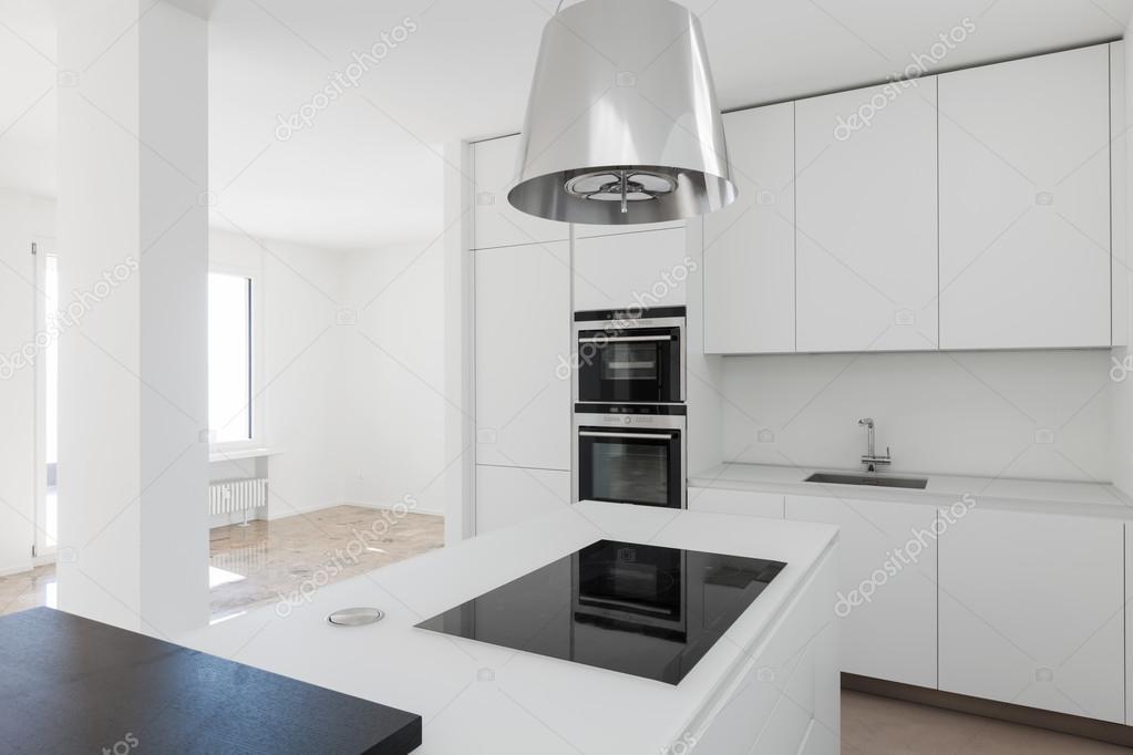 Home, moderne Luxus-Küche — Stockfoto © Zveiger #102820932