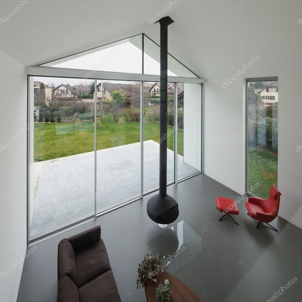 Innenraum ein schönes modernes Haus — Stockfoto © Zveiger #107911810