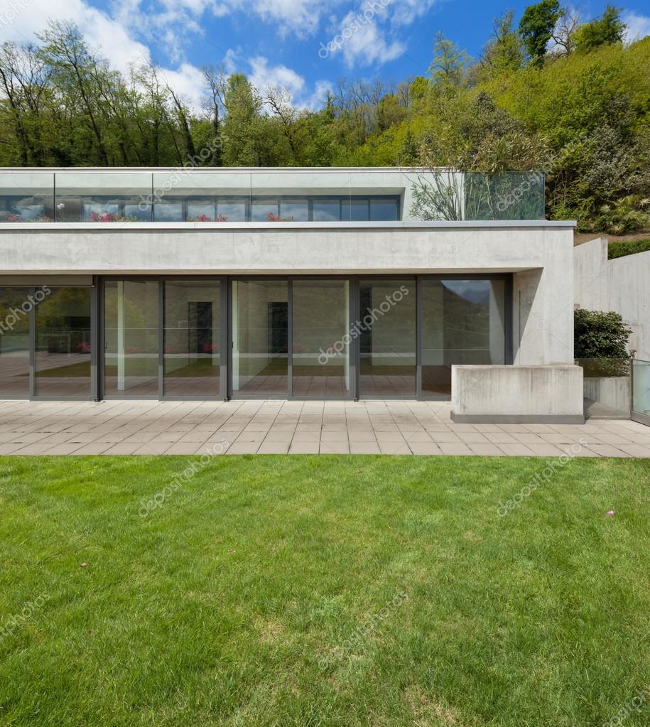 Großartig Fassade Haus Das Beste Von Außenfassade, Ein Modernes , Wald Hintergrund —