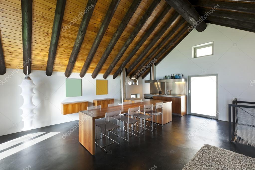 Interieur, moderne chalet — Stockfoto © Zveiger #124146190