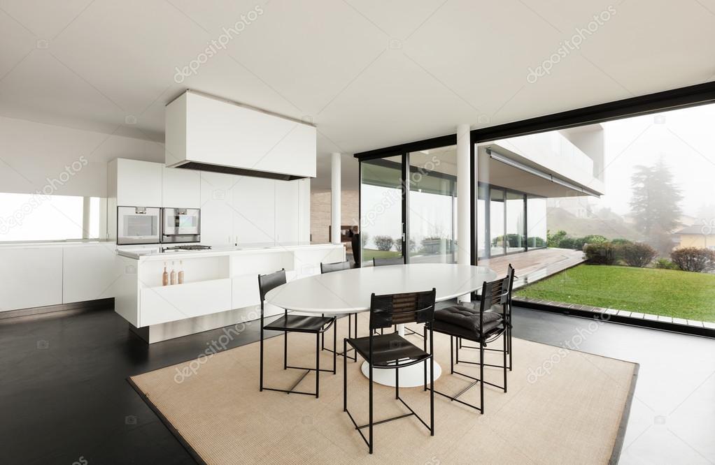 moderne Villa, Küche — Stockfoto © Zveiger #53828787