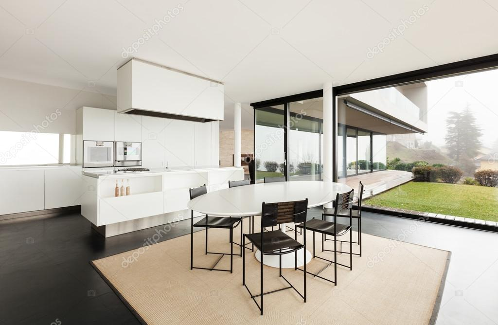 Moderne Villa, Küche — Stockfoto © Zveiger #53828821