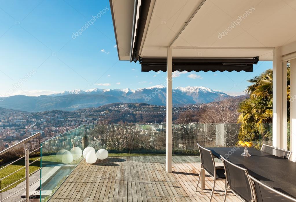Casa Moderna Terraza Fotos De Stock Zveiger 53984151