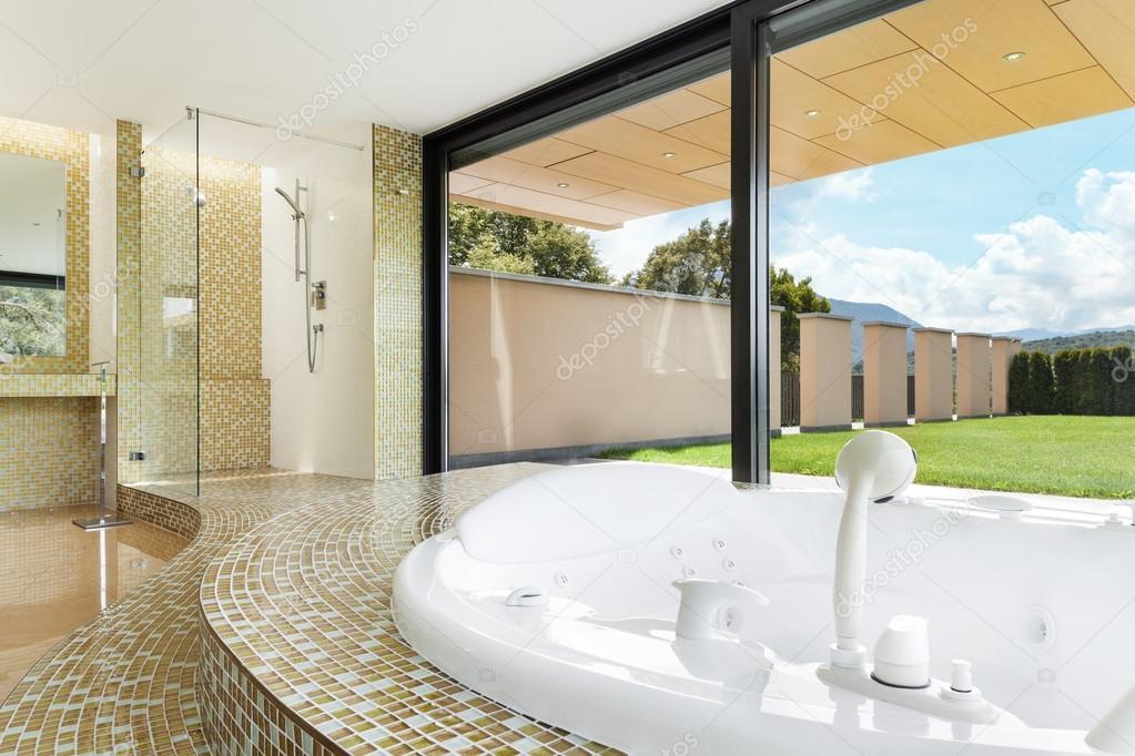 Schönes Badezimmer Mit Whirlpool U2014 Stockfoto
