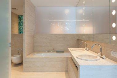Minimal luxury bathroom