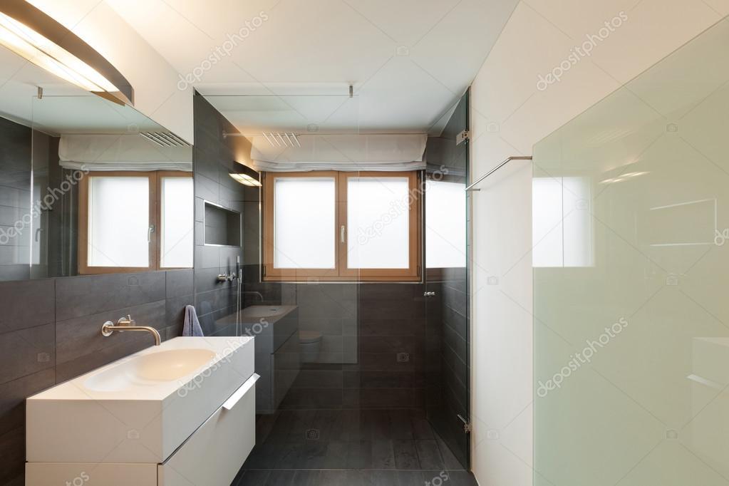 Sala Da Bagno Moderna : Interno casa stanza da bagno moderna u2014 foto stock © zveiger #60891517