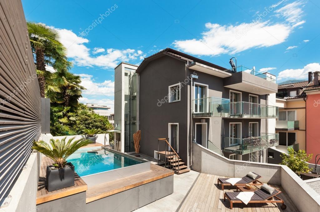 Terraza De Casa Moderna Foto De Stock Zveiger 63042921
