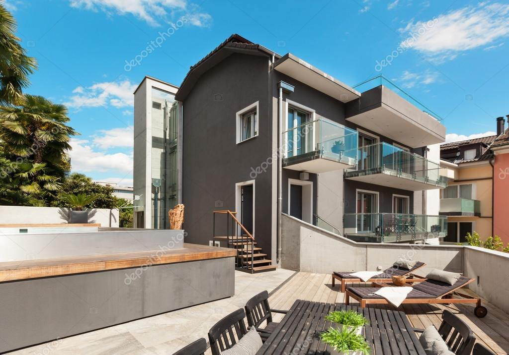 Terraza De Casa Moderna Foto De Stock Zveiger 63043805