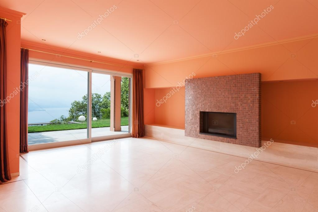 Interieur, villa, lege woonkamer — Stockfoto © Zveiger #63383493