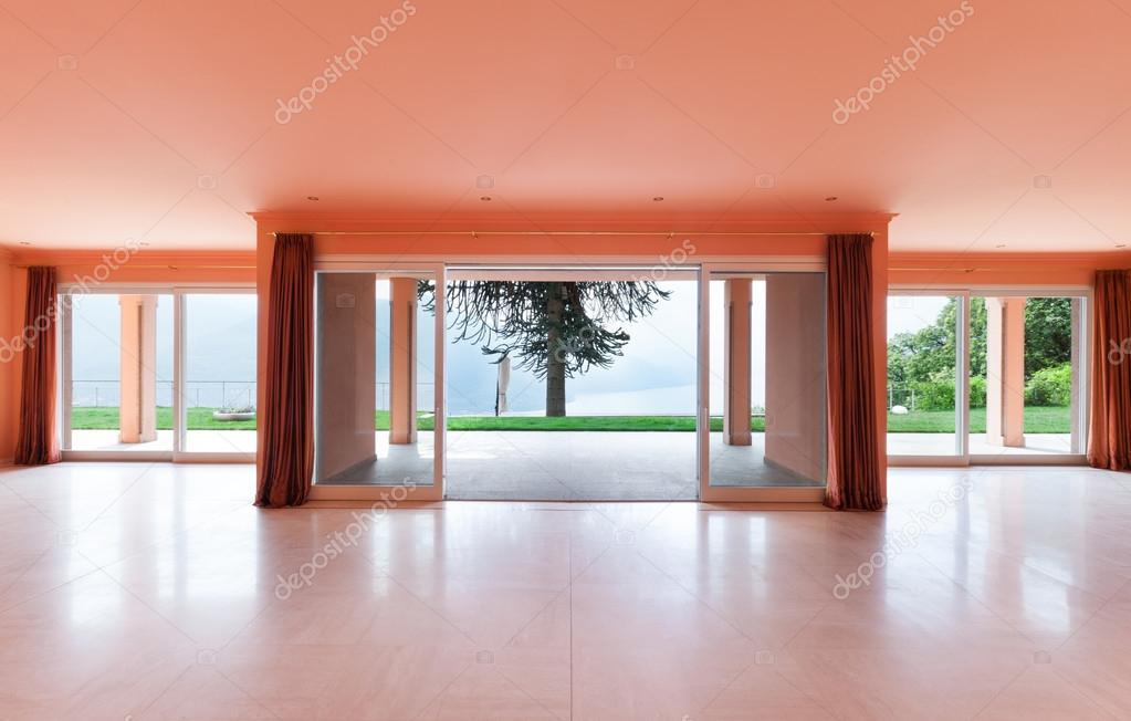 Haus, leere Wohnzimmer — Stockfoto © Zveiger #63383949