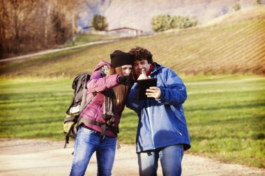 Couple looking for the right way to come back home