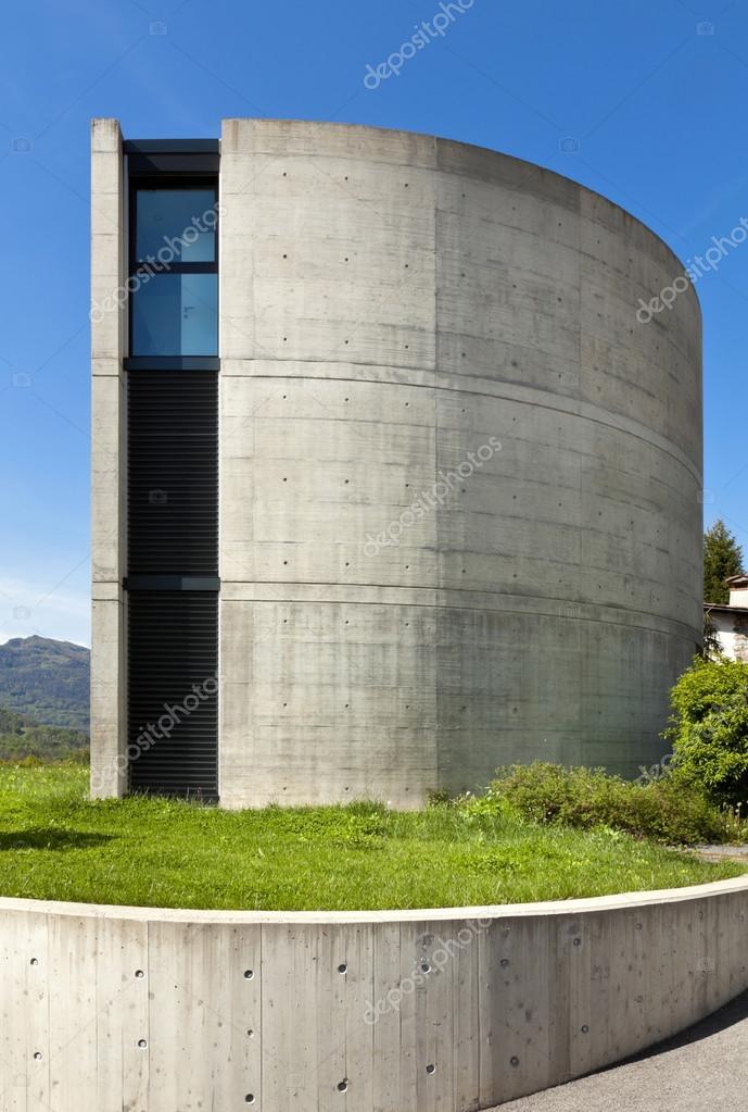 Maison moderne extérieur en beton — Photographie Zveiger © #66738513
