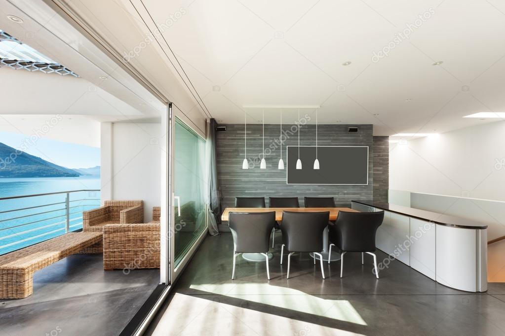 Interieur moderne appartement u stockfoto zveiger
