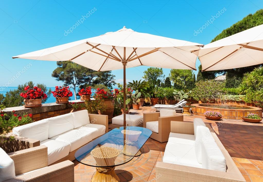 Terraza Hermosa Vista Foto De Stock Zveiger 79613466