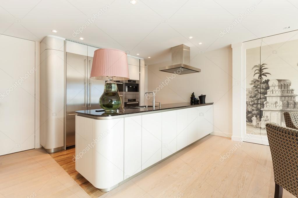 interieur prachtige moderne keuken stockfoto zveiger 95470480 On interieur moderne keuken