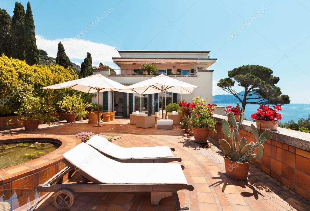 Hermosa Terraza Con Vista Al Mar Foto De Stock Zveiger