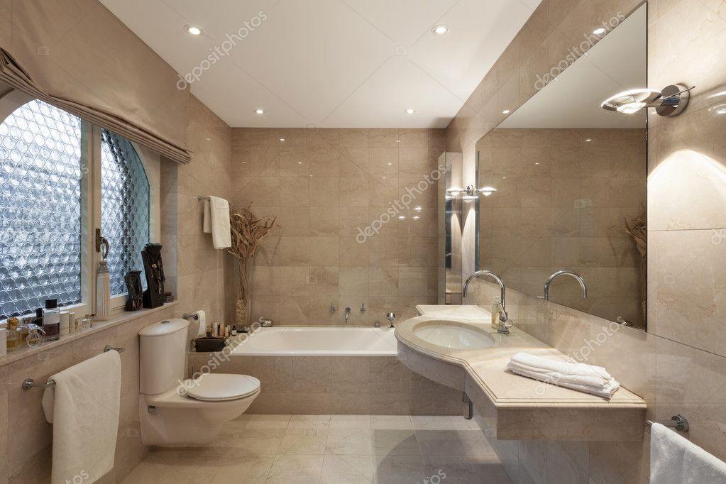 Cuarto de baño, diseño clásico — Foto de stock © Zveiger #99501114