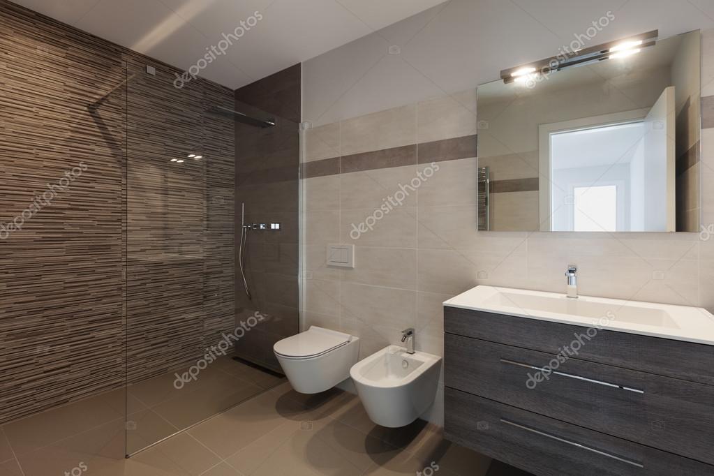 Casas de banho com duche | moderno cuarto de baño con ducha — Foto ...