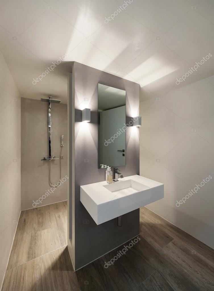 Cuarto de baño, diseño moderno — Fotos de Stock © Zveiger #99502880