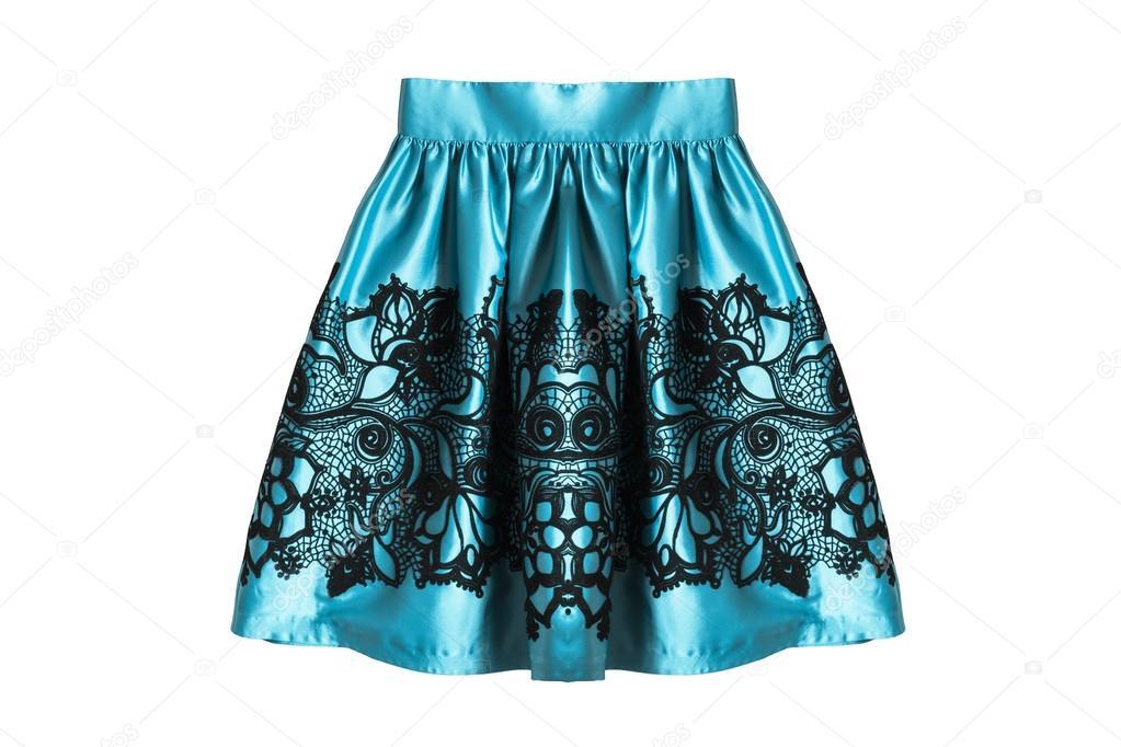 6297957ea9aa73 Gedrapeerd blauw satijnen rok op witte achtergrond — Foto van ...