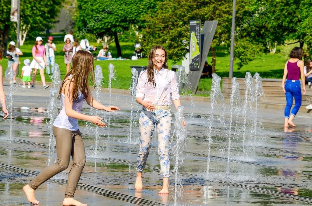 https://st2.depositphotos.com/2021005/11384/i/950/depositphotos_113849366-stock-photo-two-girls-in-fountain.jpg