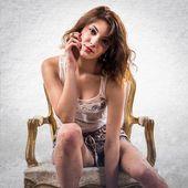 Model žena na křeslo
