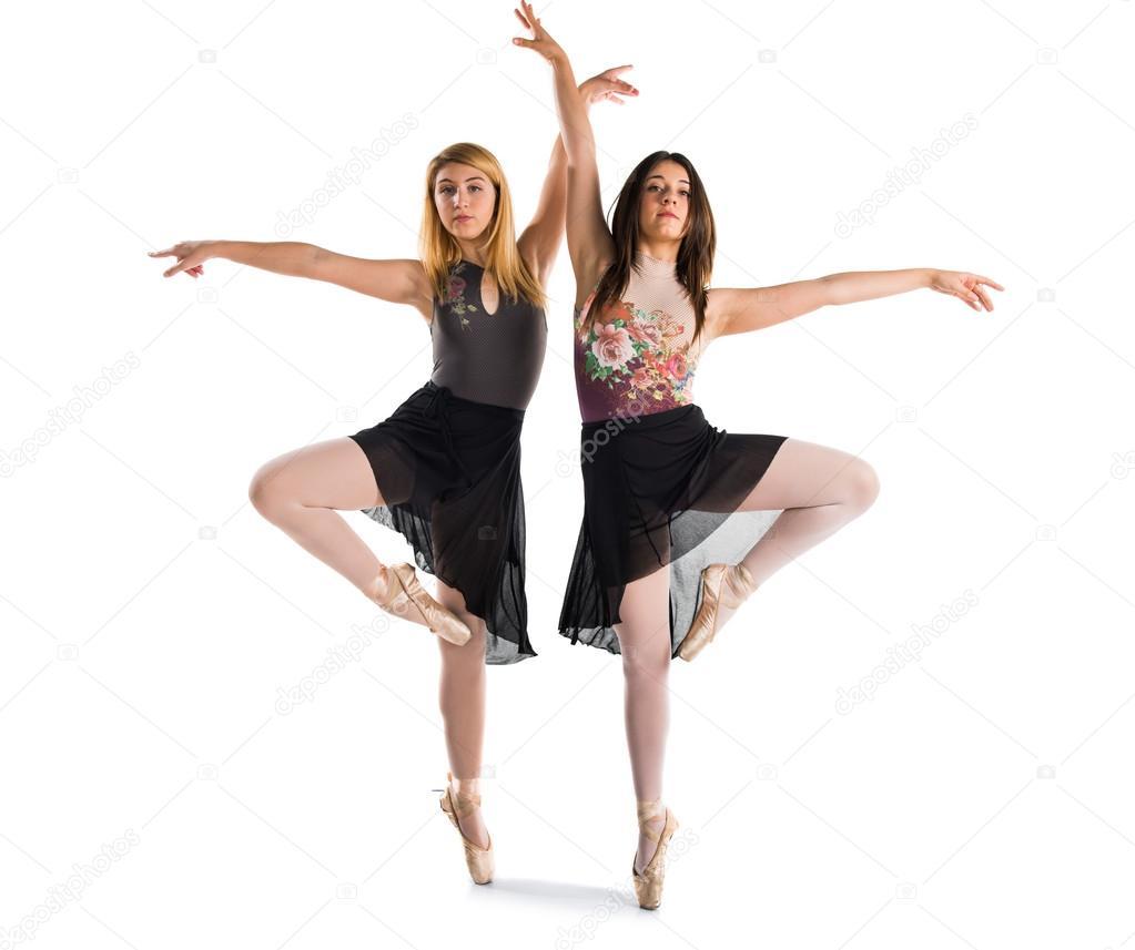 Балет девушки