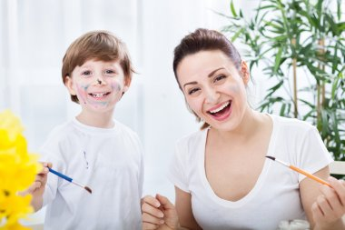 Smiling happy family moments with brashes and watercolors