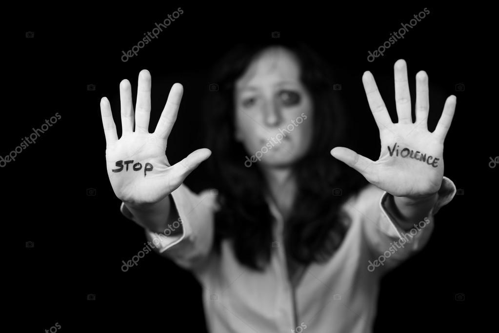 halte la violence contre les femmes photographie moprand 113492074. Black Bedroom Furniture Sets. Home Design Ideas