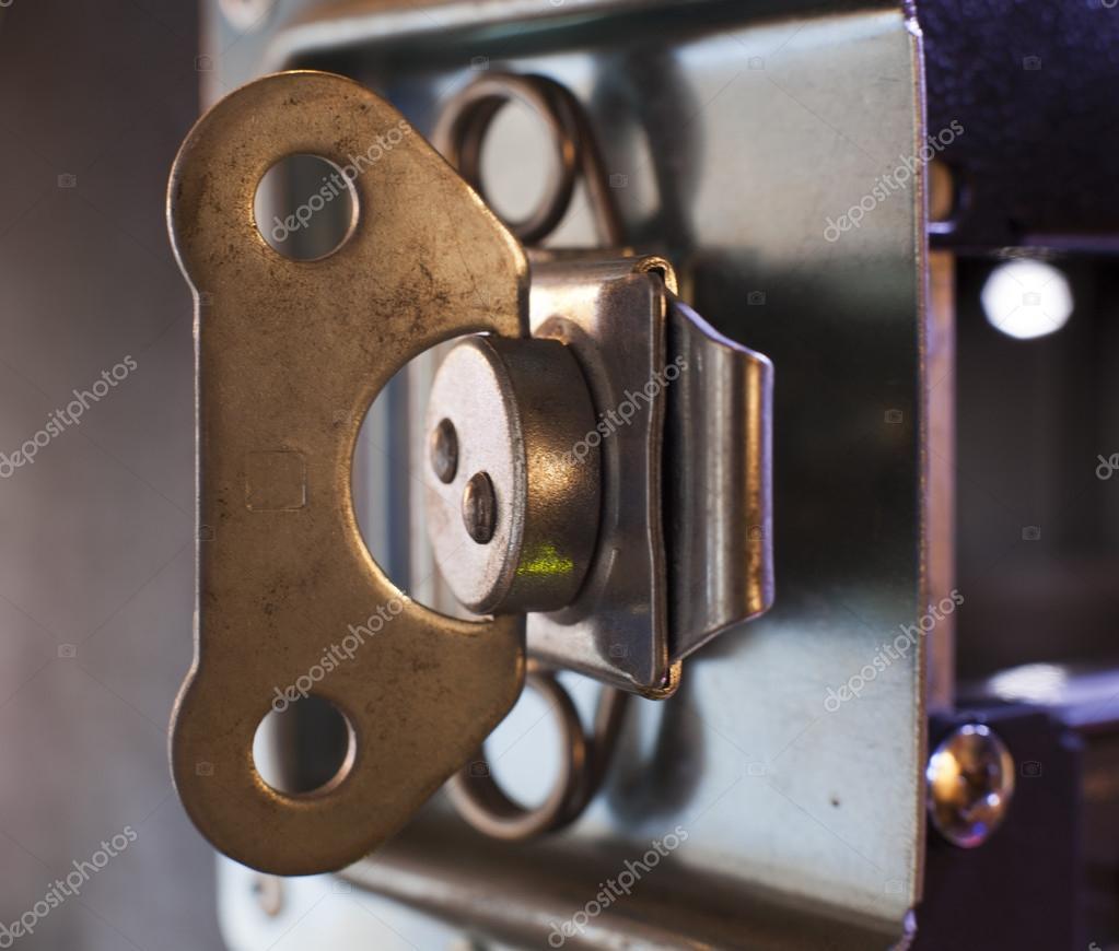 Mobili contenitori foto stock maxcam 62439251 for Mobili contenitori