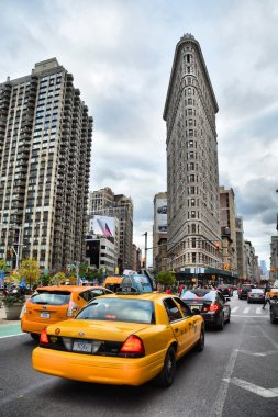 NYC cab and Flatiron