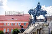 Fotografie Matei Corvin ( Matthias Crovinus Rex ) statue monument in Unirii central Square in Cluj Napoca