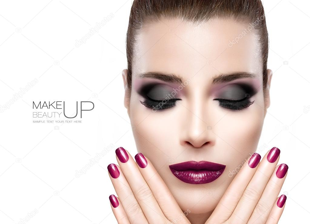Beauty and Makeup concept. Festive Nail Art and Make-up — Stock ...