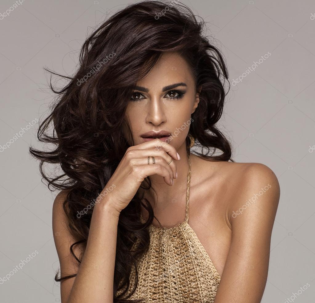 8996f3317e1 όμορφη σέξι γυναίκα — Φωτογραφία Αρχείου © kiuikson #73397861