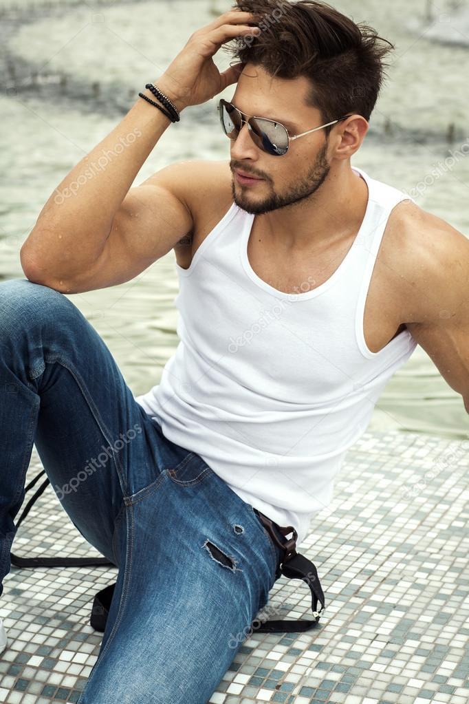 Sexy man in aviator sunglasses