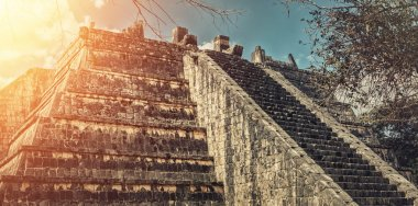 Ancient ruins at Chichen Itza