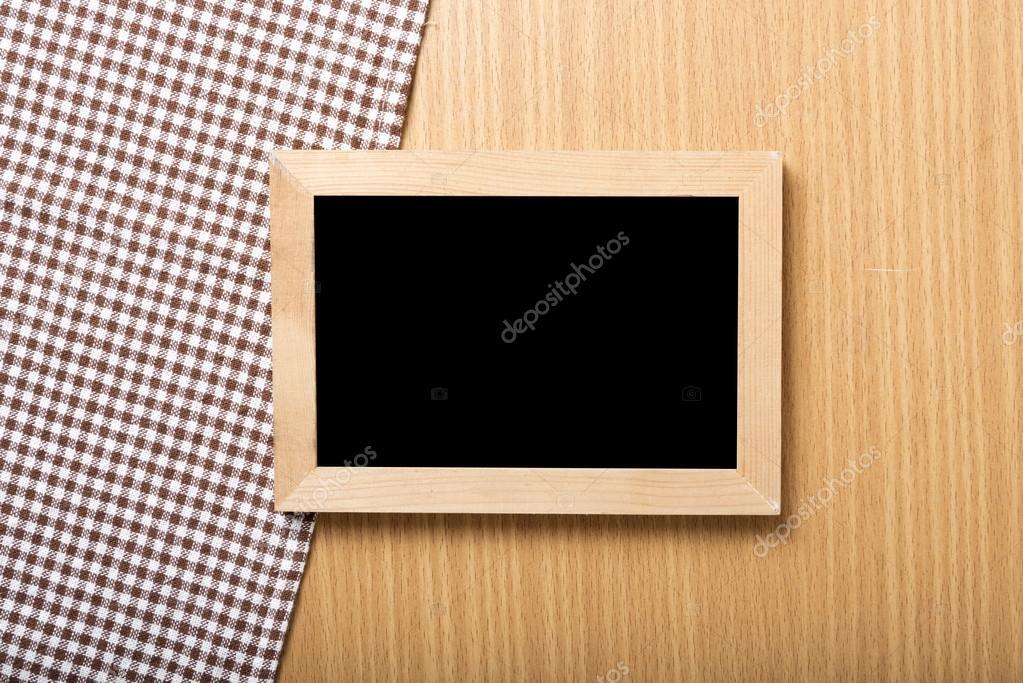 Tafel und Küche Handtuch — Stockfoto © ammza12 #80069868