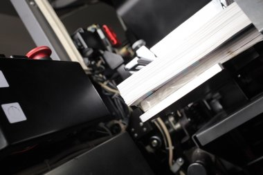 Printed products in offset machine