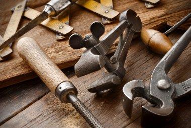 carpenter vinyage tools
