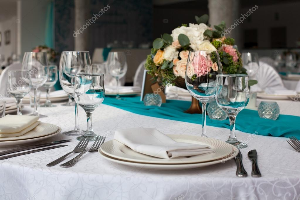 Elegance table set up for wedding in turquoise u2014 Stock Photo & Elegance table set up for wedding in turquoise u2014 Stock Photo ...