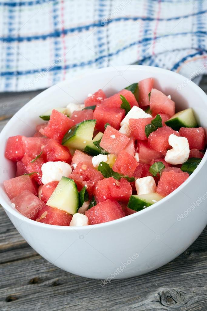 sallad med melon och gurka