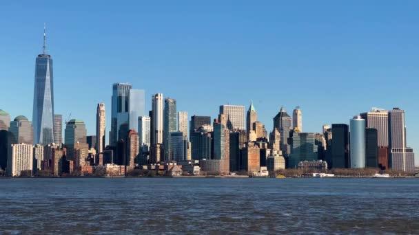 New York panorama za slunečného zimního dne, výhled z Hoboken, NJ