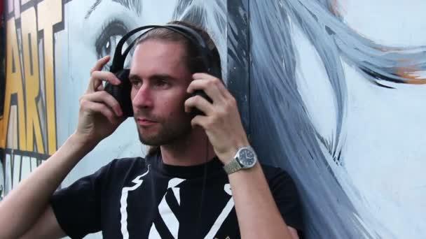Zene és a graffiti