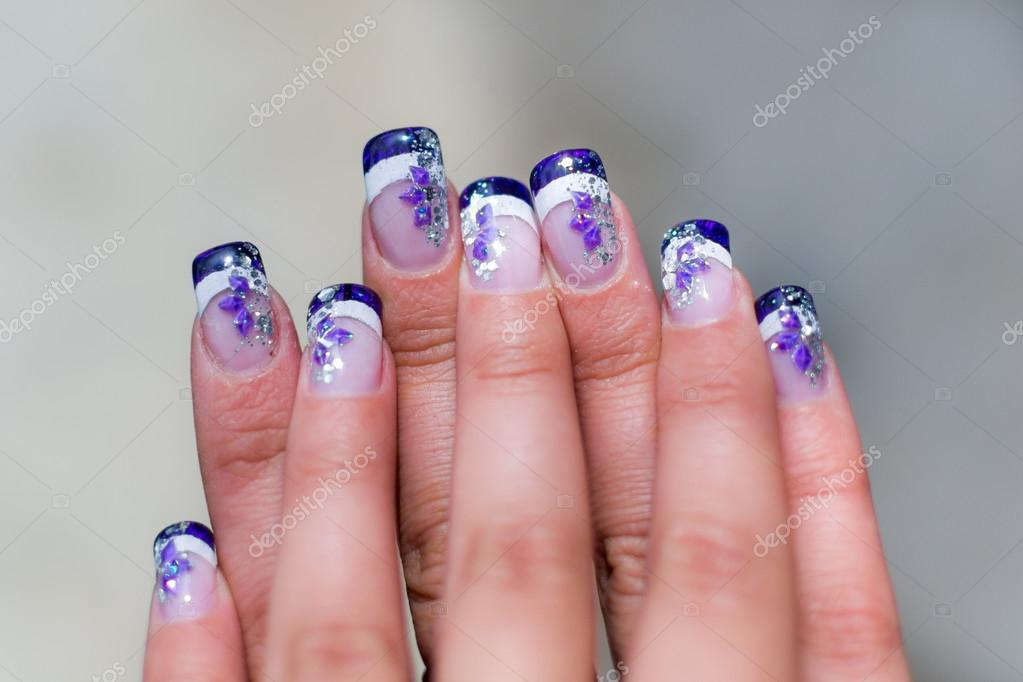 Weiblich Poliert Die Nagel Stockfoto C Marinv 89013646
