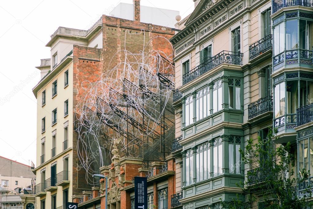 世界の建築家ドメネクの 1984 年...